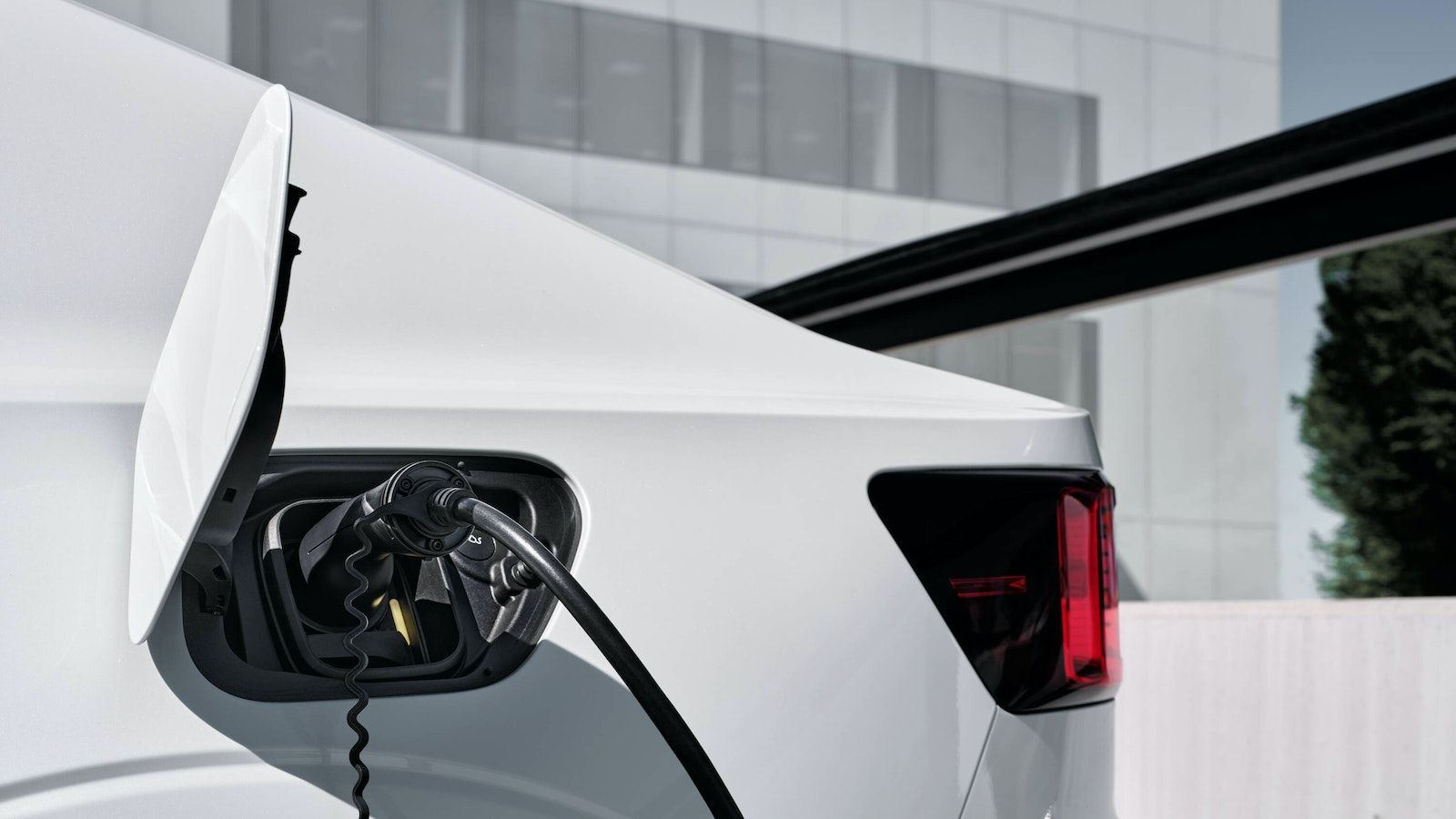 Polestar and ChargePoint will discuss software and how it affects the electric driving experience