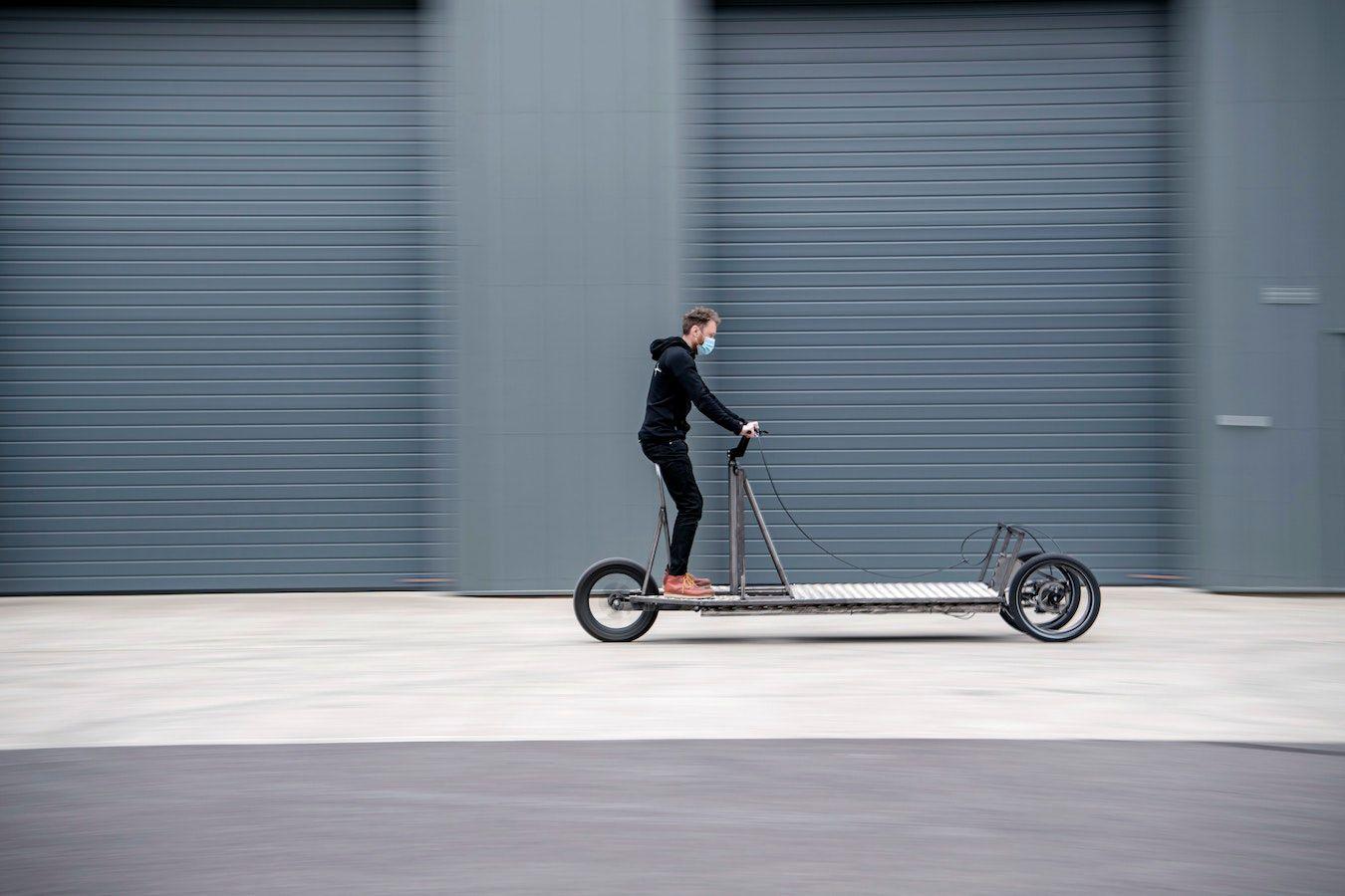 Het prototype van de Re:Move-trike mag zijn eerste proefrit maken.